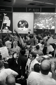 Mission_Control_Celebrates_After_Conclusion_of_the_Apollo_11_Lunar_-_GPN-2002-000033